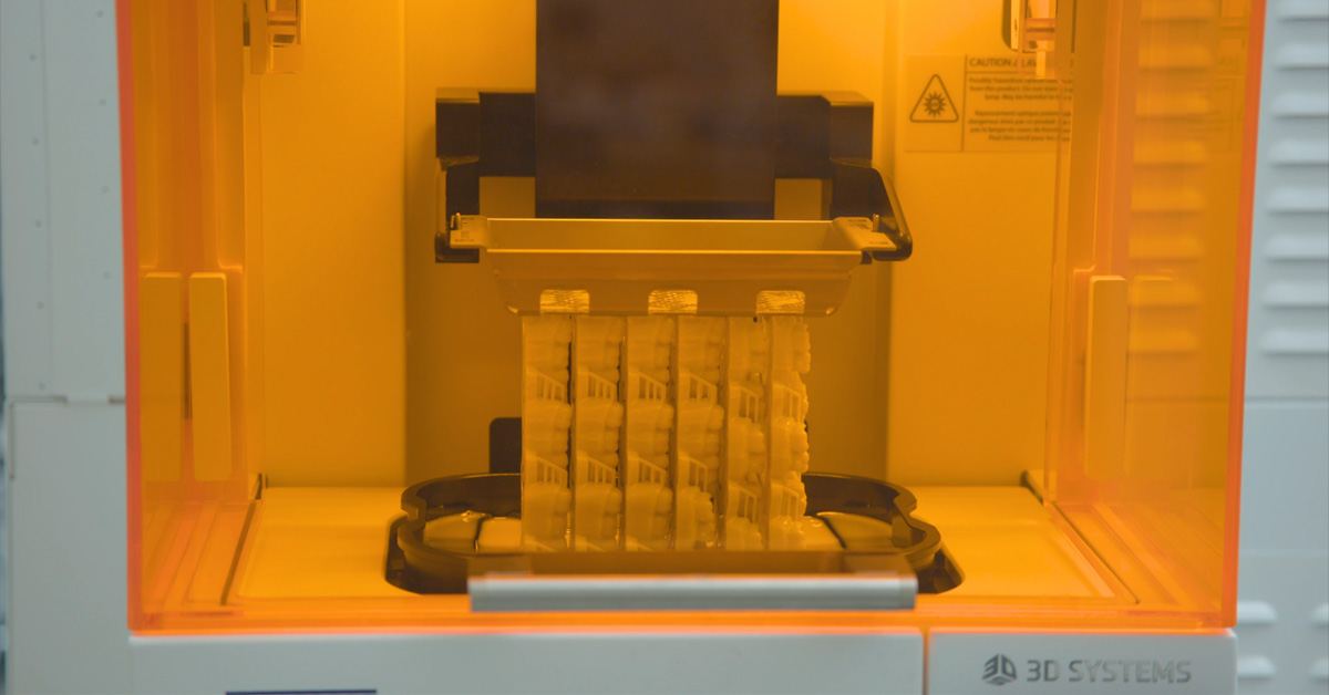 New Orthodontic High Precision Vertical Stacked Printing Solution by 3D Systems